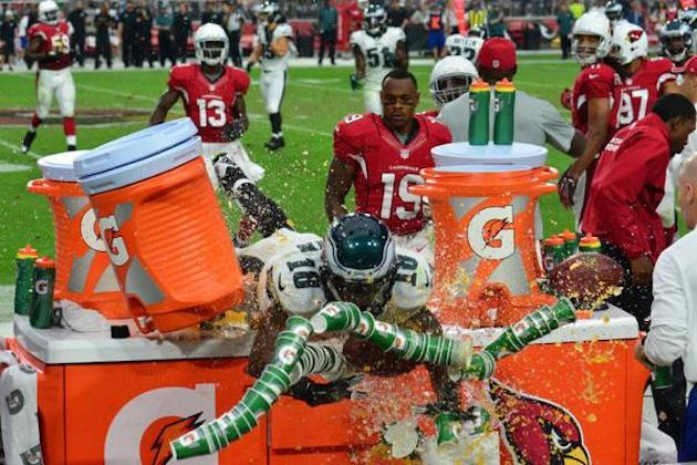 0578f1413b4 Eagles' Jeremy Maclin Can't Stop Himself from Crashing into Gatorade Table    Bleacher Report   Latest News, Videos and Highlights