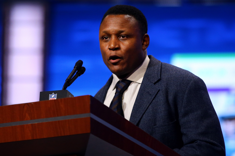 Barry Sanders Reveals Which NFL Running Back He'd Choose to Start a Team with