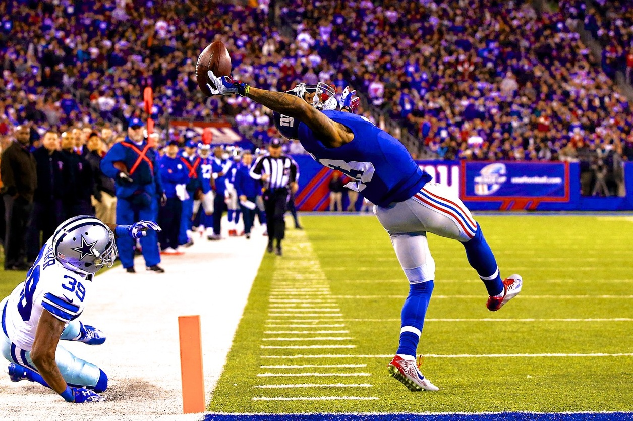 Sunday S Craziest Play Odell Beckham Jr Makes Ridiculous 1 Handed Td Catch Bleacher Report Latest News Videos And Highlights