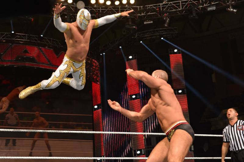 Tracing the Evolution of Pro Wrestling's High-Flying Moves ...