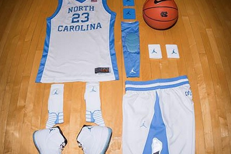 North Carolina Tar Heels Rock 1980 Throwbacks For Matchup