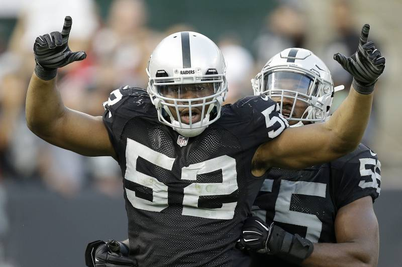 06348436 Oakland Raiders outside linebacker Khalil Mack (52) celebrates after  sacking San Francisco 49ers quarterback
