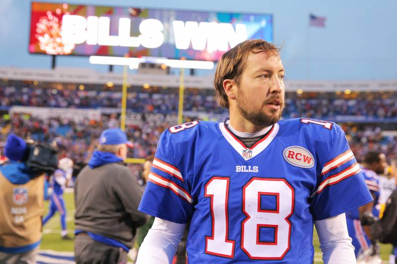 best service a3316 9130f Kyle Orton Ends NFL Career, Promptly Vanishes from Ralph ...