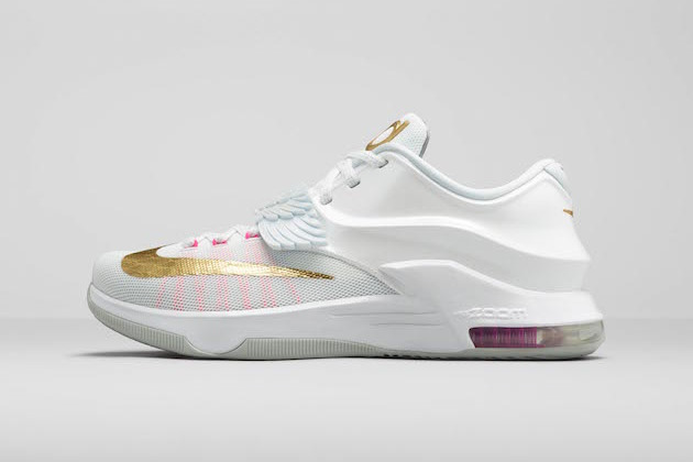 8c9626d2a44c05 Nike and Kevin Durant Honor His Late Aunt Pearl with New KD7 Shoes ...
