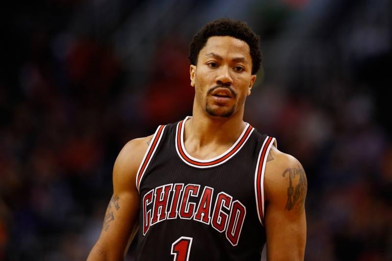 aaebcd4def75 Derrick Rose Injury Update  Bulls Star out 4-6 Weeks After Meniscus Surgery