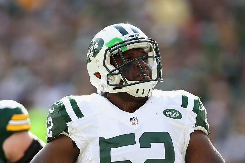 c797a093ff4 GREEN BAY, WI - SEPTEMBER 14: Inside linebacker David Harris #52 of the.  Christian Petersen/Getty Images. The New York Jets ...