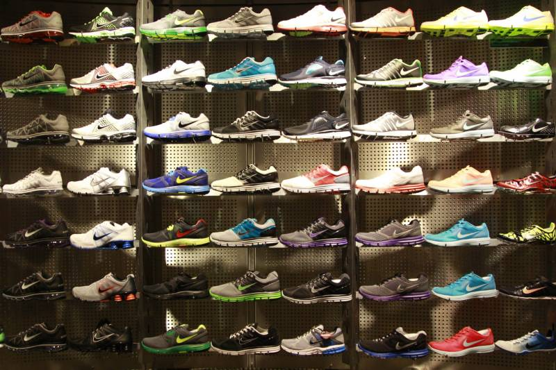 finest selection 9976e 630d0 ARCHIV  Nike running shoes are shown on display at Niketown in Portland  (Foto vom