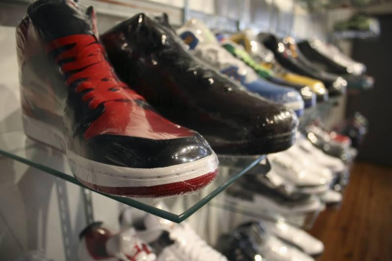 e0121d9db Nike Air Jordan 1 Retro Mid  Hare  Release Date Schedule