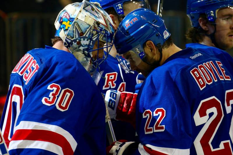 1dda3222d5e Capitals vs. Rangers: Game 2 Score and Twitter Reaction from 2015 ...
