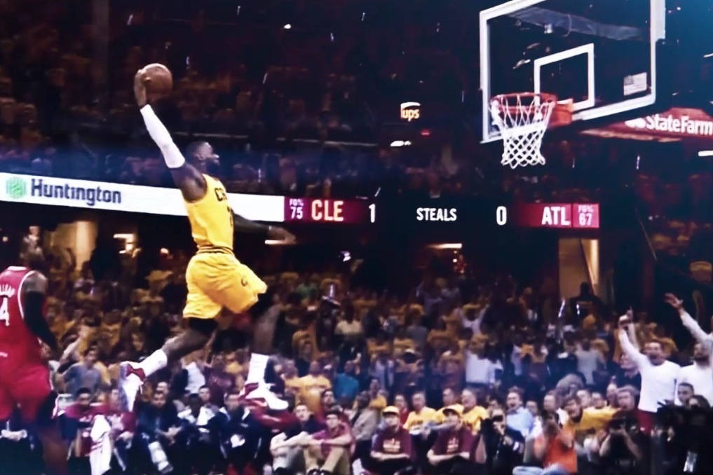 lebron james shows off insane hang time on monster tomahawk dunk vs