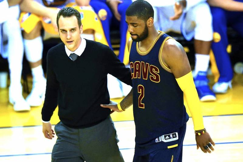 6d127b637cfc Kyrie Irving Injury  Updates on Cavaliers Star s Knee Surgery and Recovery