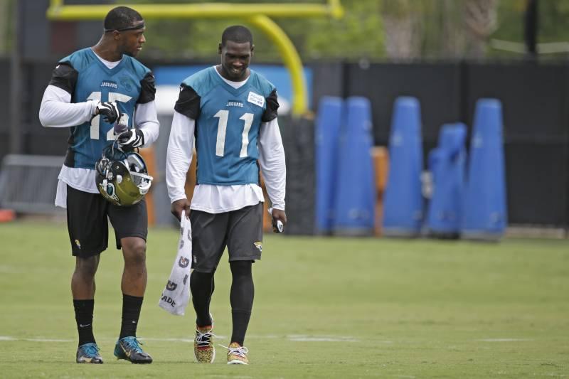 Jacksonville Jaguars Wide Receiver Allen Robinson Left And Marqise Lee 11