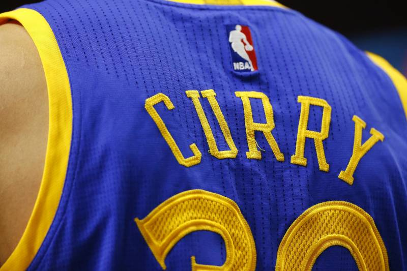 watch 85ce4 bb4af Stephen Curry Passes LeBron James in NBA Jersey Sales ...