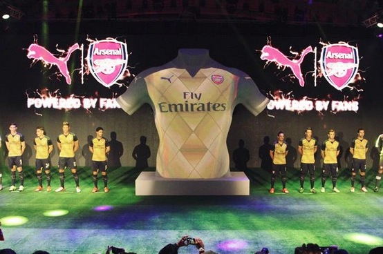 ee77511c0 Arsenal Unveil New 2015 16 Puma Away Kit in Dramatic Reveal from Singapore