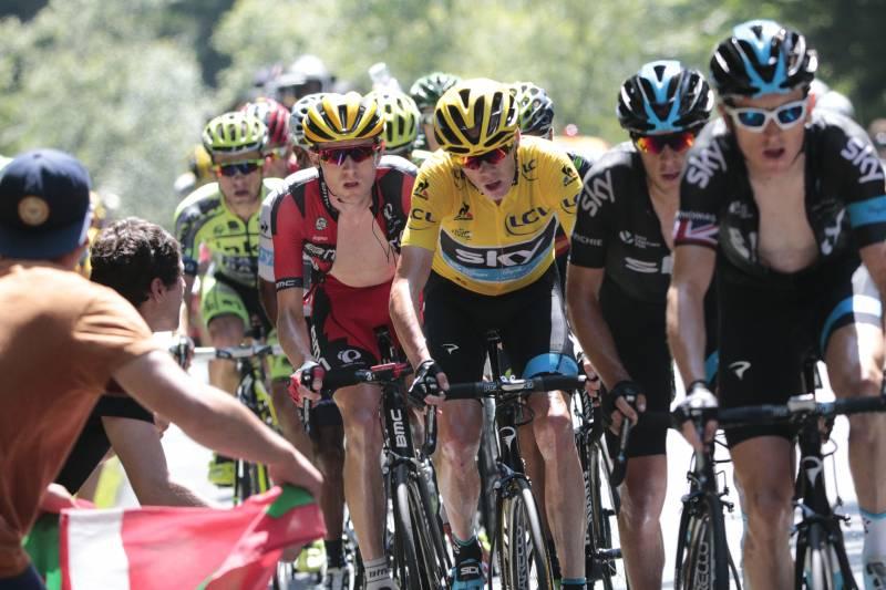Stage 11  Pau—Cauterets Vallee de Saint-Savin a9ebfdb45