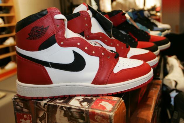 Nike Air Jordan 1.5  Chicago  Release Date b7ae2bcfea