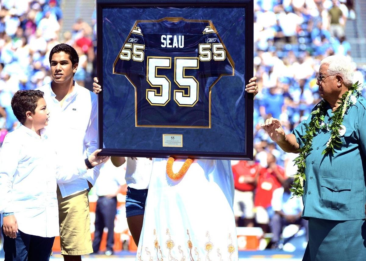 a1fd402f If Junior Seau's Daughter Can't Speak at the Hall of Fame, No One ...