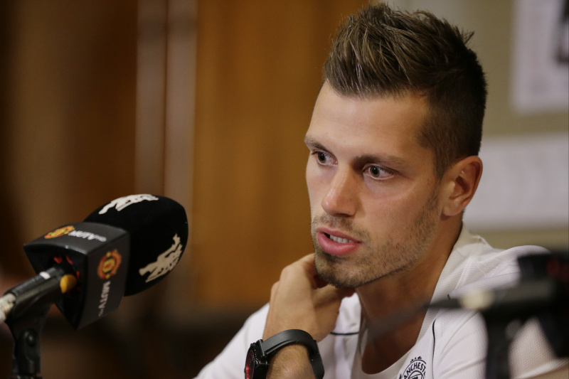 Morgan Schneiderlin Injury: Updates on Manchester United Star's Status, Return