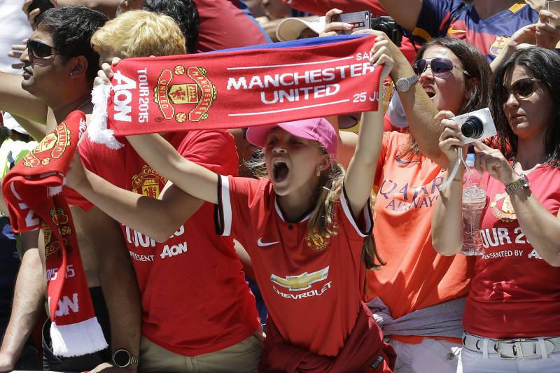 163556501e5 Manchester United fans cheer before an International Champions Cup soccer  match between Manchester United and FC