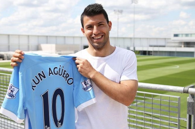 san francisco 9fd3d af442 Sergio Aguero Changes to No. 10 Shirt at Manchester City ...