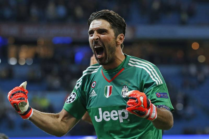 cheap for discount 7cfec 7a7fc Why Gianluigi Buffon Will Be Juventus' X-Factor in 2015/16 ...