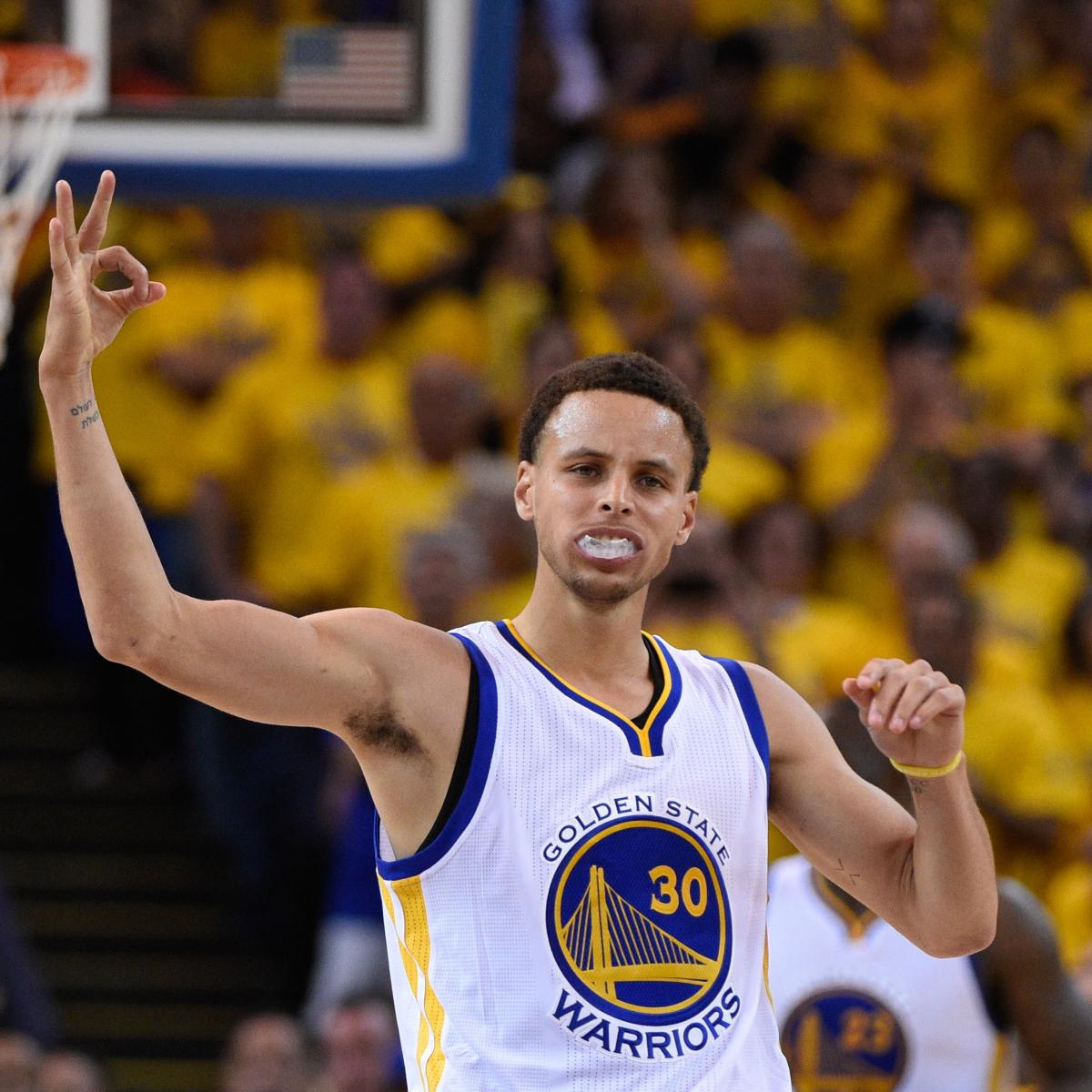97fe05c08015 Steph Curry Signs Extension with Under Armour  Details