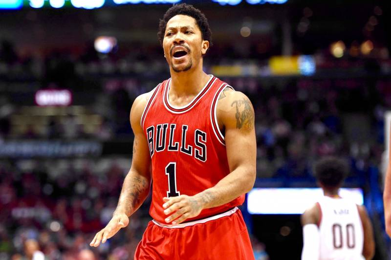01b9ef8a2aec Derrick Rose Injury  Updates on Bulls Star s Orbital Fracture and Return