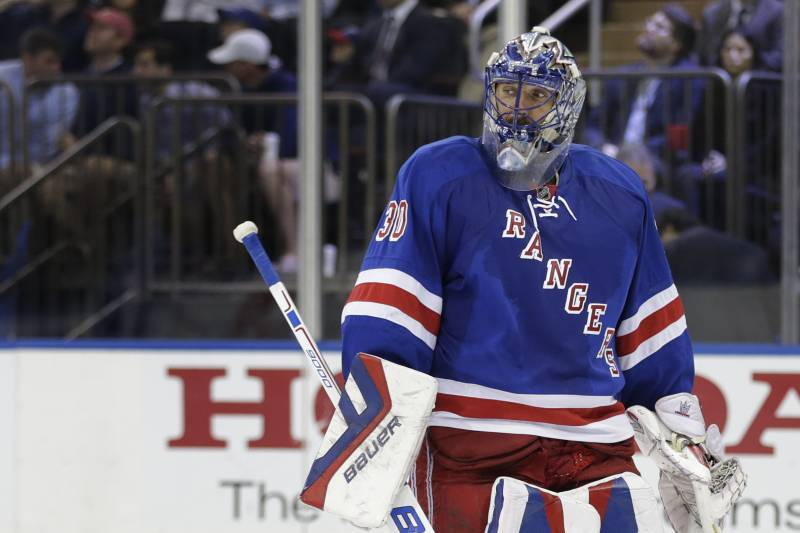 Henrik Lundqvist Injury Updates On Rangers Star S Neck And Return