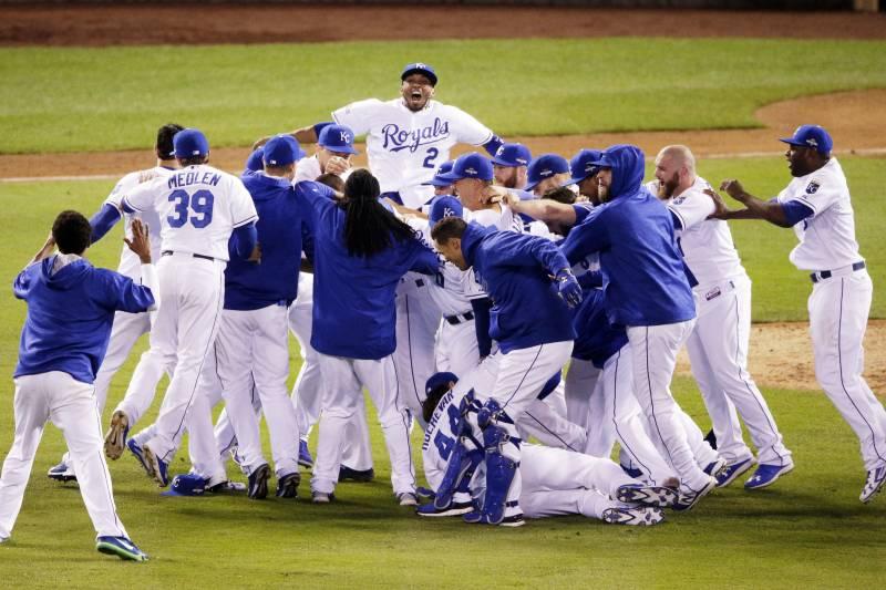Royals Advance to 2015 World Series: Celebration Highlights