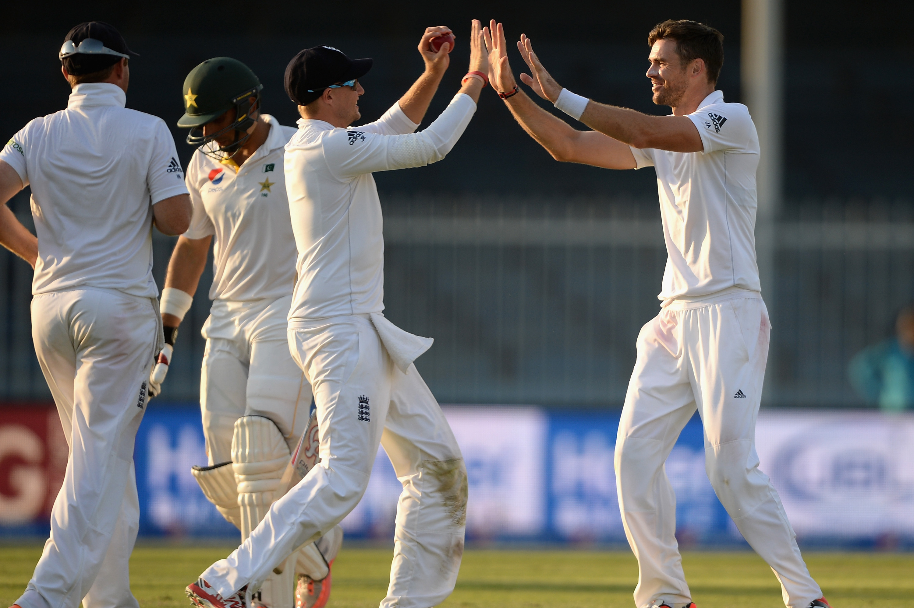 Pakistan Vs England 3rd Test Day 1 Anderson Broad Shine In Sharjah Bleacher Report Latest News Videos And Highlights