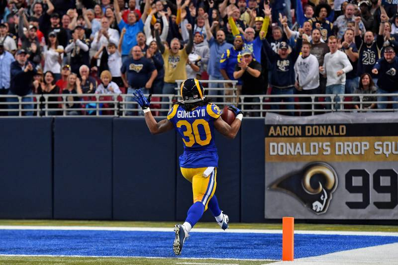 wholesale dealer 1f0a7 78b1f Is Todd Gurley En Route to Becoming the NFL's Best Back ...