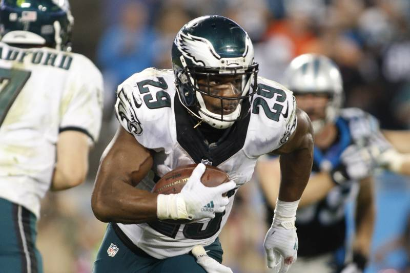 ca12ab38a1d Philadelphia Eagles' DeMarco Murray (29) runs against the Carolina Panthers  in the second