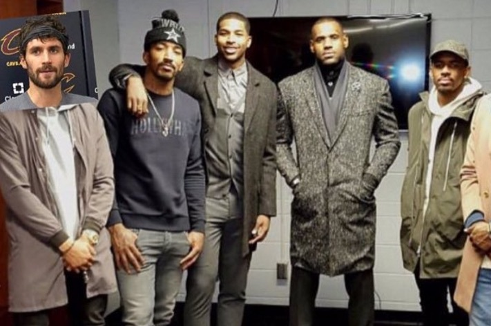 Kevin Love Gets Left out of Cavaliers' Group Photo Again, Photoshops Himself In