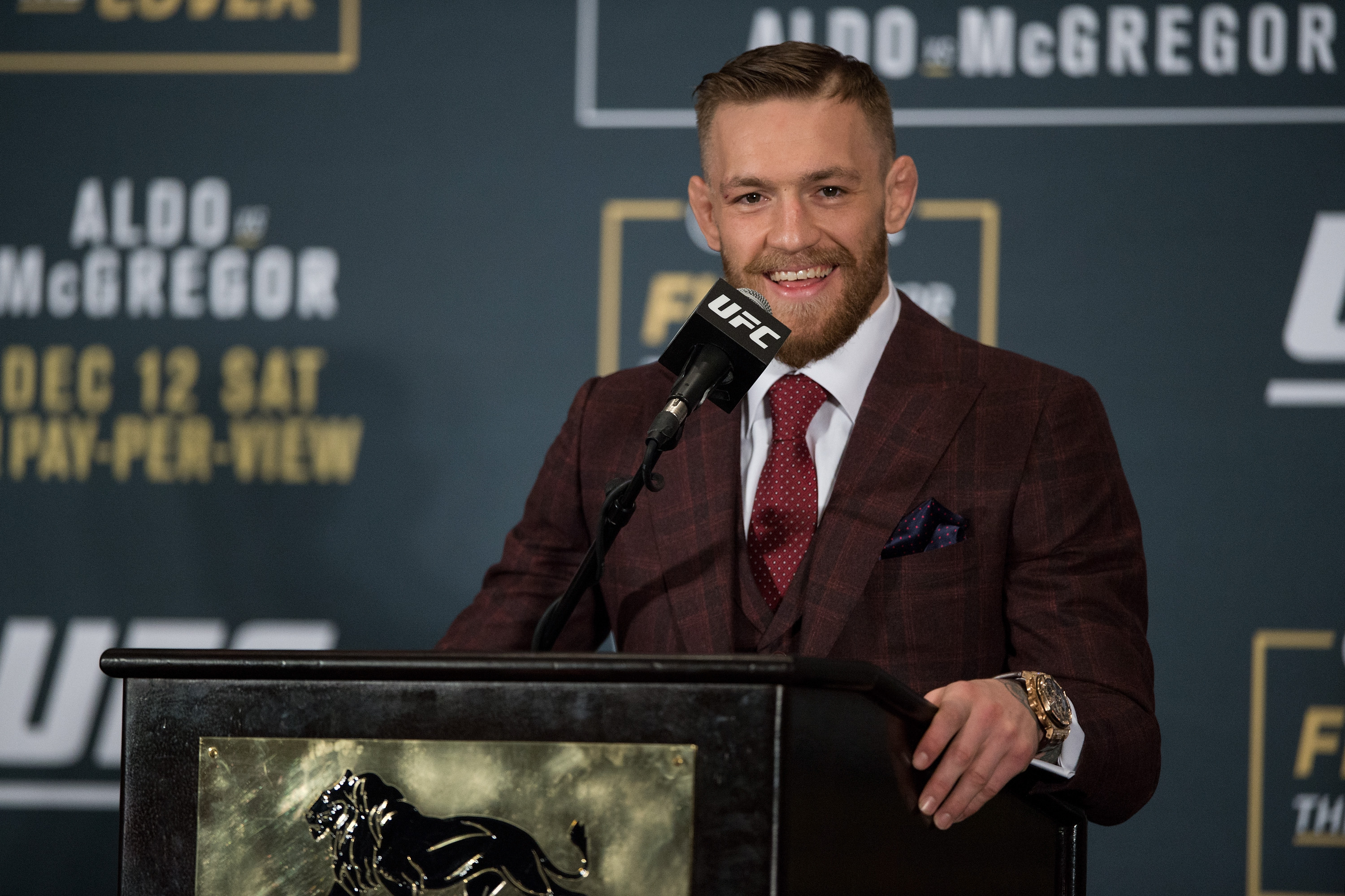 Mcgregor vs dos anjos betting odds binary trading options training