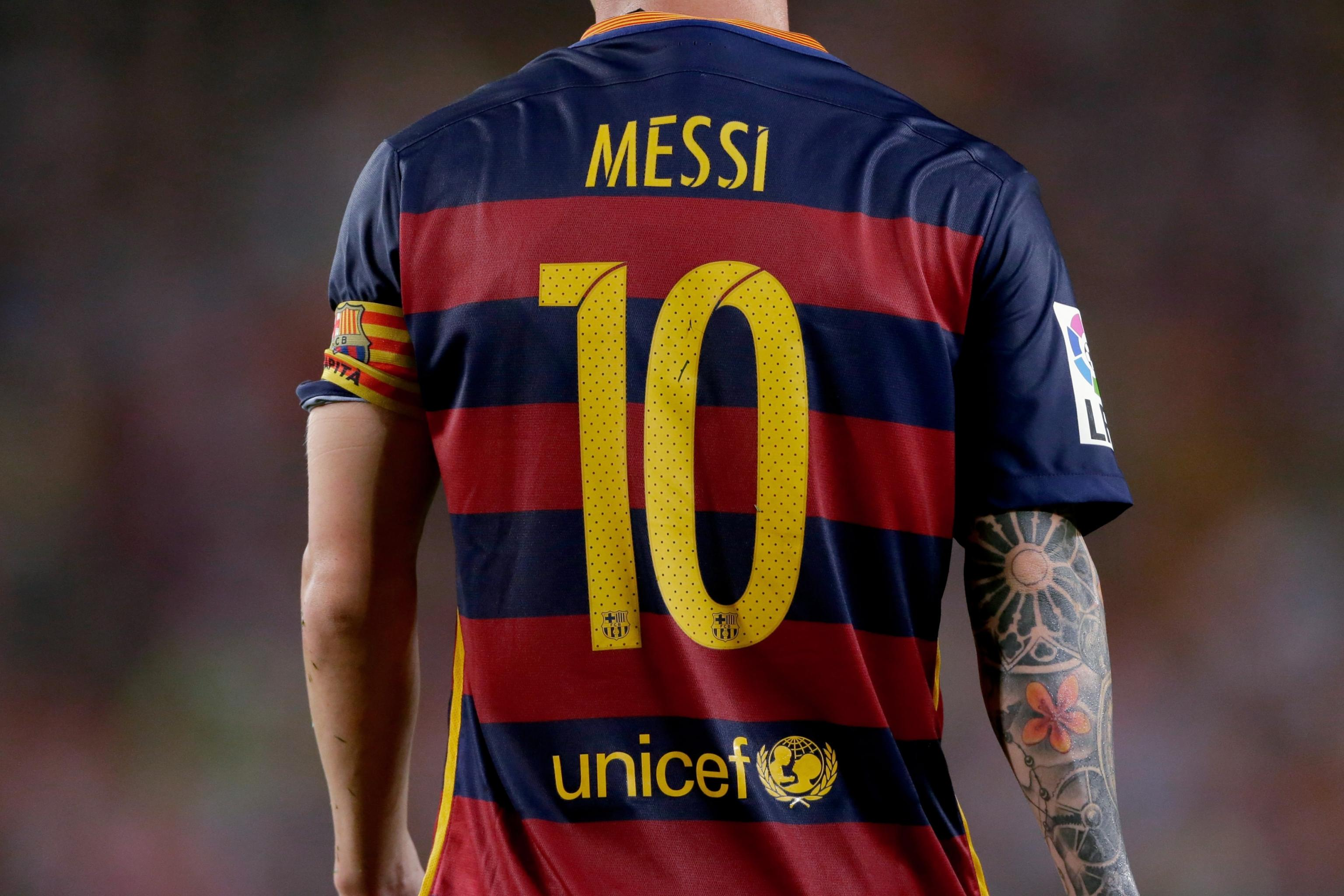 reputable site bb508 15c8e Leo Messi's Barcelona Shirt Is the Most Sold Worldwide ...
