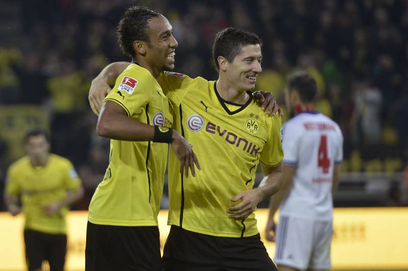 new products 1f91c 2ec17 Rivals Lewandowski and Aubameyang Lead the Way for Bayern ...