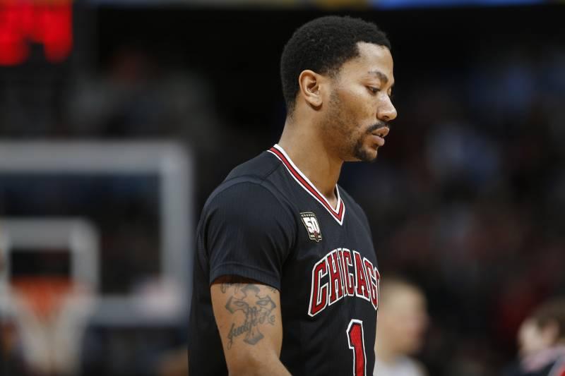 dd9f23d2d9be Chicago Bulls guard Derrick Rose (1) in the first half of an NBA basketball