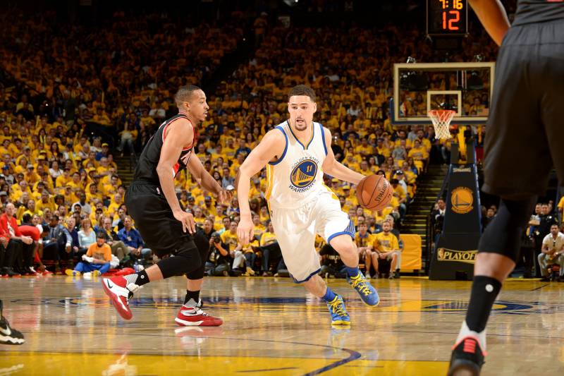 best sneakers 72b33 ac029 Sunday NBA Playoffs: Klay Thompson Showing Alpha-Dog Swagger ...