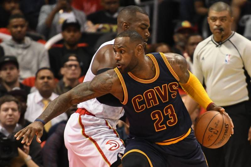 191678213481 Cavaliers vs. Hawks  Game 3 Score and Twitter Reaction from 2016 NBA  Playoffs