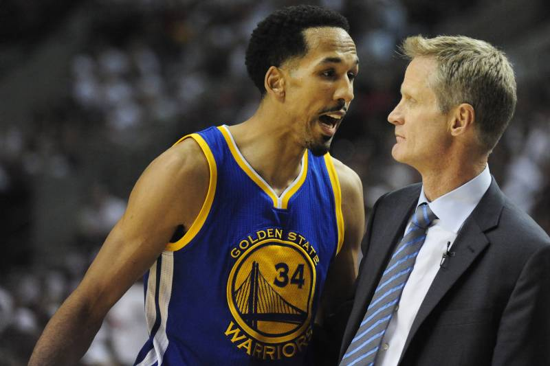 d5f112bae23 Shaun Livingston Ejected After Receiving 2 Technical Fouls vs ...