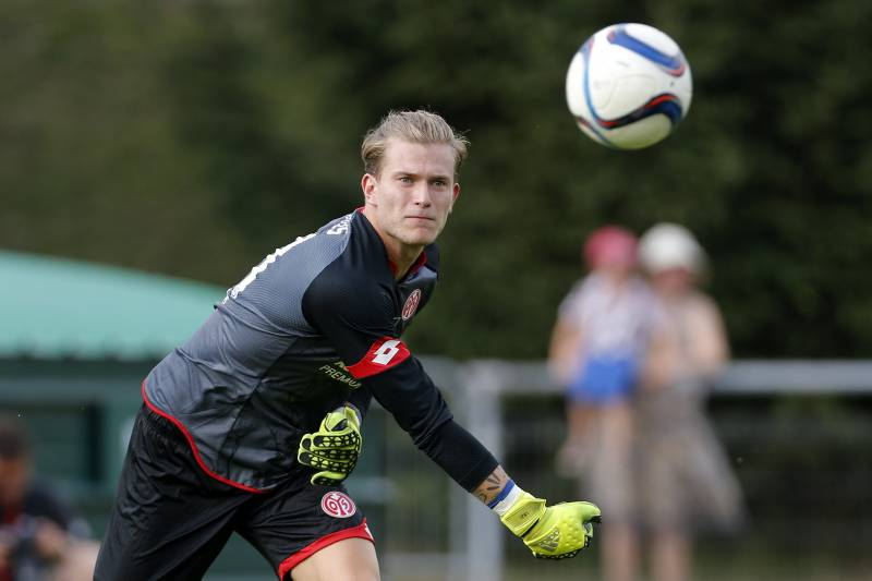 ed60a7228 ALBERTVILLE - JULY 19  Goalkeeper of Mainz 05 Loris Karius in action during  the friendly