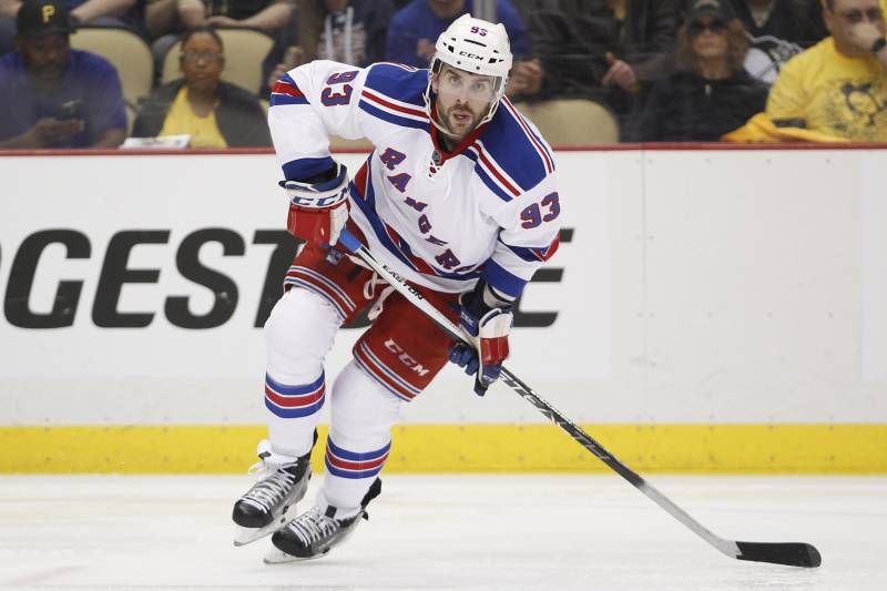 hot sale online a2907 7d2c4 Keith Yandle to Panthers: Latest Contract Details, Comments ...