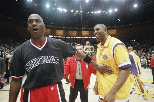new styles 3c509 5aeca The Chicago Bulls  Michael Jordan, left, exchanges greetings with the Los  Angeles Lakers