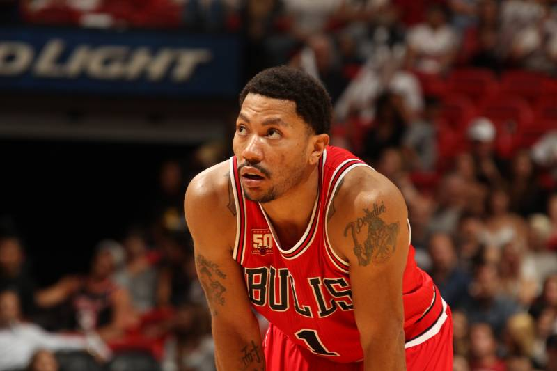 d1955ee832e3 Derrick Rose Trade Rumors  Knicks Reportedly Interested in Bulls PG ...
