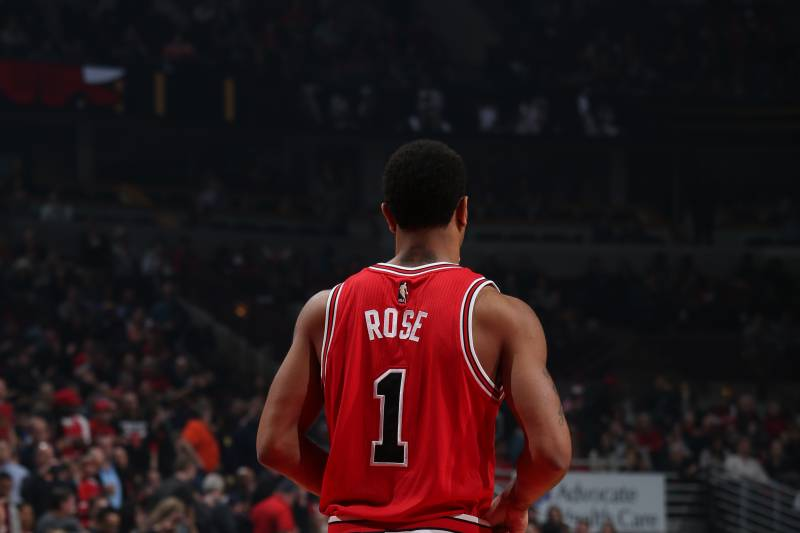 c5990db10a77 Derrick Rose Trade Marks the End of an Era for Chicago Bulls ...