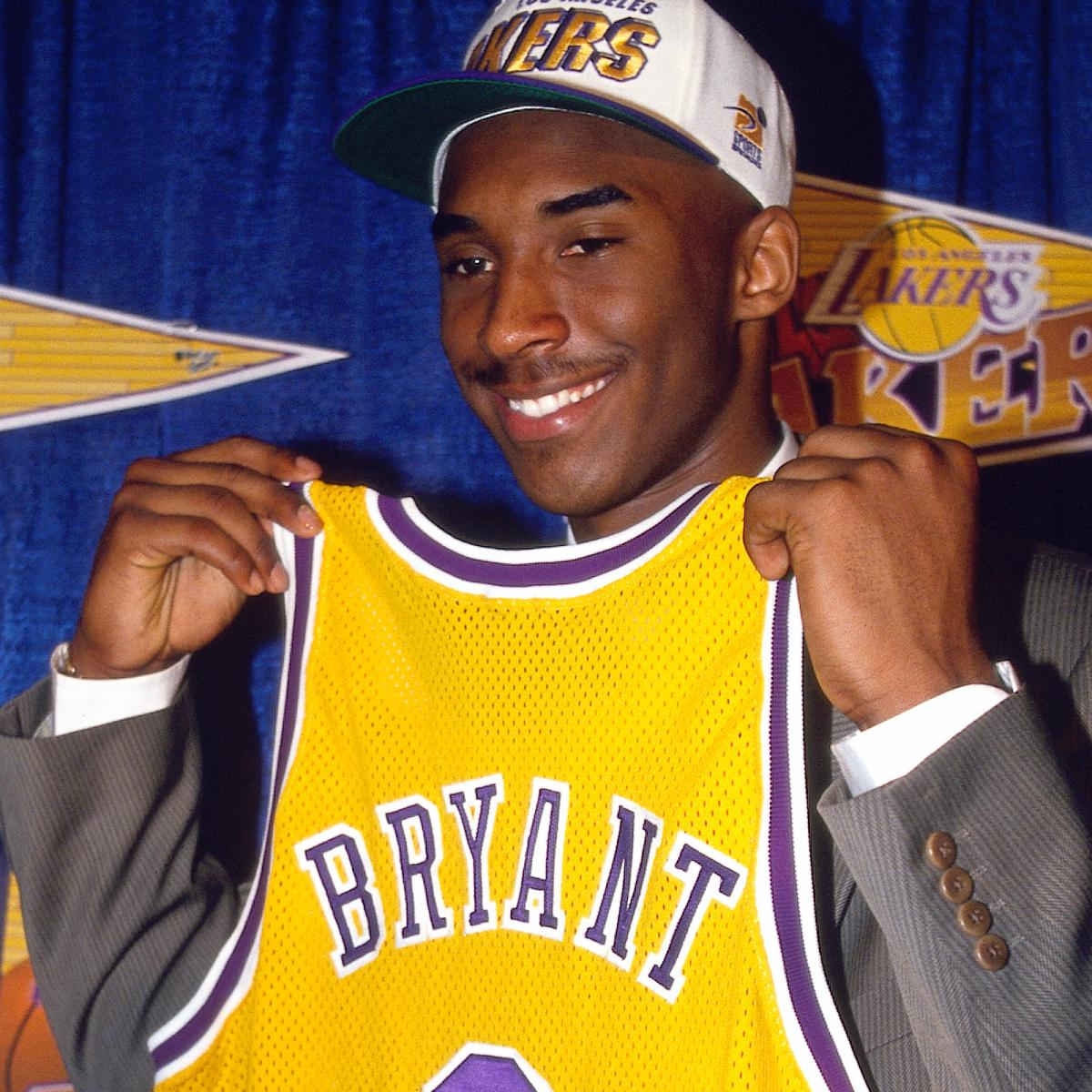 Kobe Bryant Writes Letter to His 17-Year-Old Self for the Players' Tribune