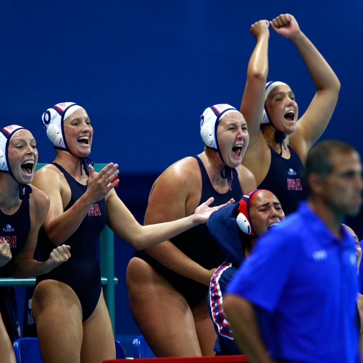 сток магазин фотографии с соревнований по женскому водному поло бизиборд своими руками