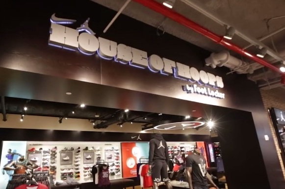f44982bb957445 Foot Locker Opens New York City Flagship Store on 34th Street ...