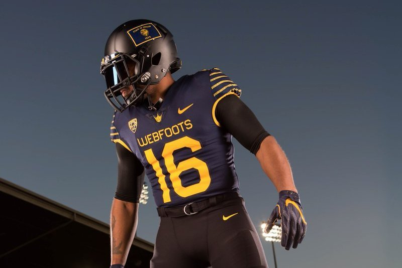 sports shoes 9a510 242f5 Oregon Ducks to Wear Throwback 1916