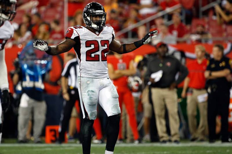 sports shoes a9e70 a5cbc Keanu Neal Fined for Hit on Jordan Matthews: Latest Details ...